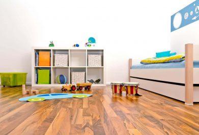 פרקט עץ בחדר ילדים